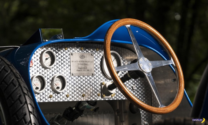 Детская машинка от Bugatti