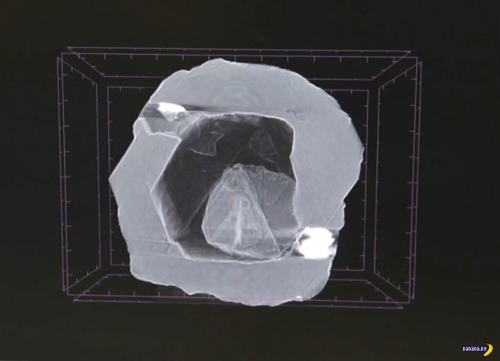 Первый в мире алмаз-матрёшка