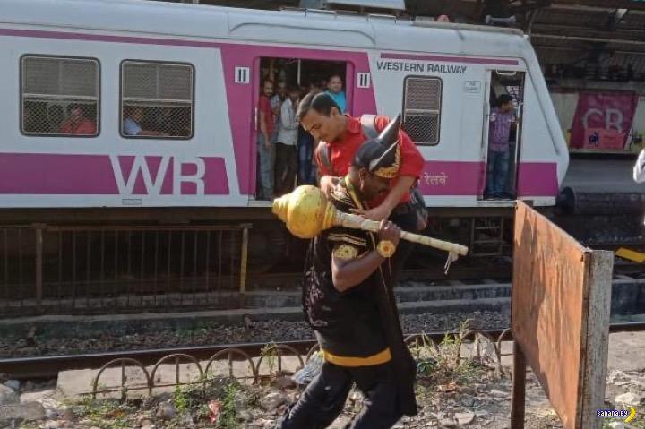 Бог Смерти и железные дороги Индии