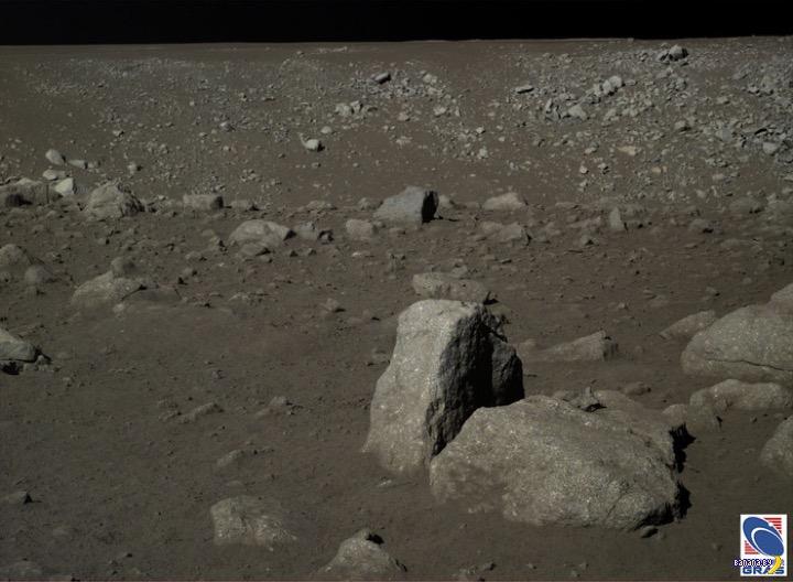 Китайцы показали снимки обратной стороны Луны