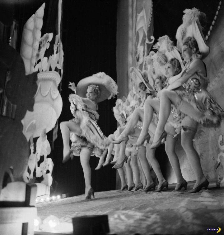 Париж, варьете, 1930-ые