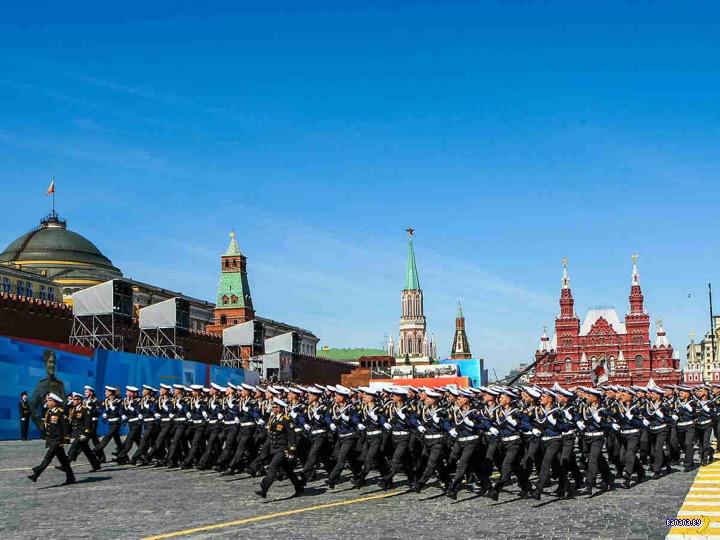 В России посмели заикнуться про перенос Парада Победы