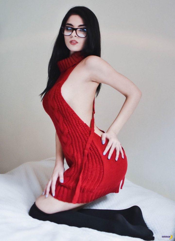 Красный свитер Virgin Killer