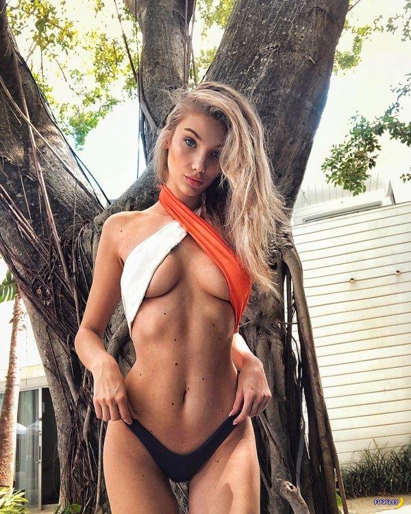 Красотки в бикини – 5