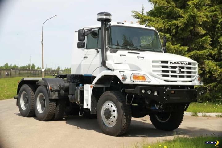 У КАМАЗа новый капотный грузовик