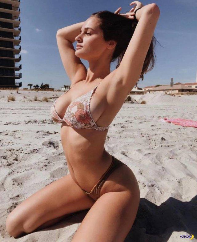 Красотки в бикини – 6