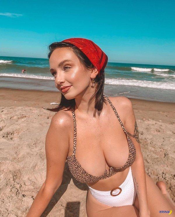 Красотки в бикини – 8