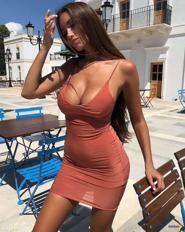 Платья разные нужны!