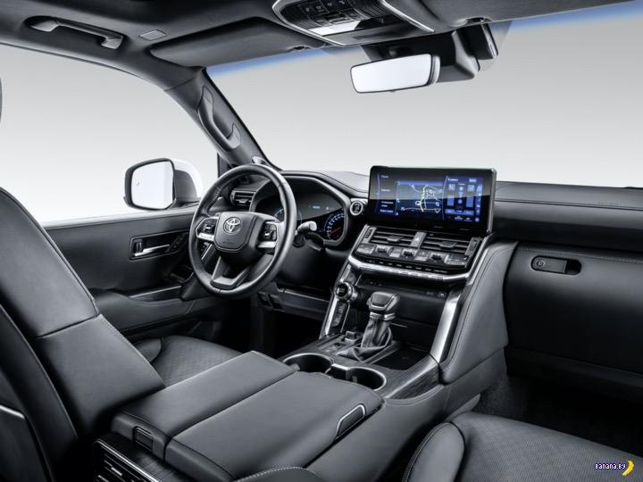 А как вам Toyota Land Cruiser 300?