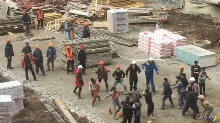 В РФ будут депортировать мигрантов за массовые драки