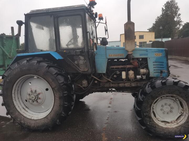 Трактор убил неловкого тракториста