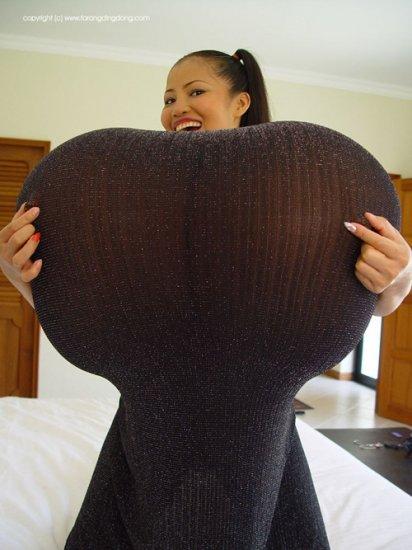 Девушка с самой большой грудью в мире_2 (ФОТО)