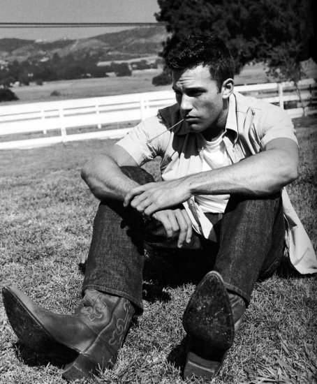 Ben Affleck Black & White Photoshoots  M/HQ