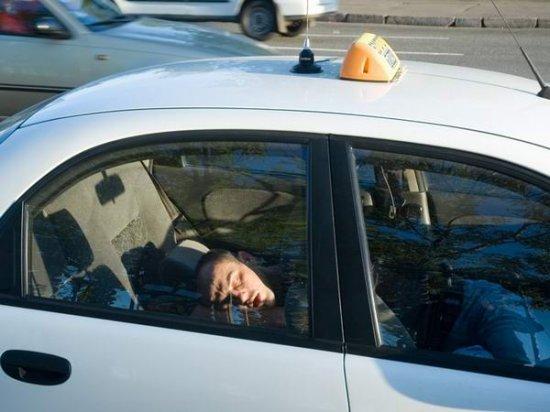 Почему увольняют таксистов