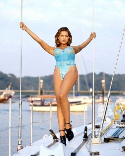 Девушка, яхта