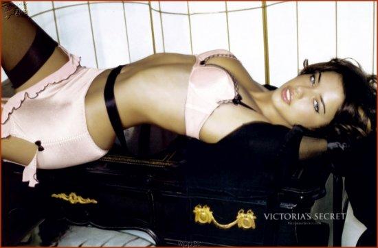 Adriana Lima - Часть 1