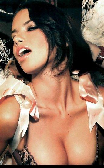 Adriana Lima - Часть 3