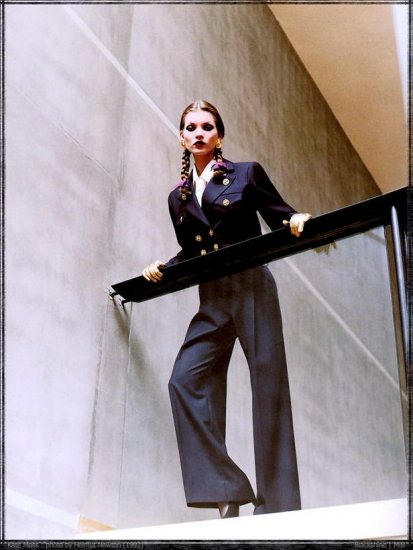 Модели и знаменитости в работах Helmut Newton