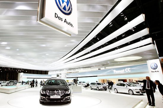 Первый день Женевского Автосалона-2008