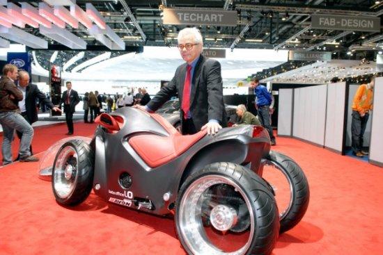 Четырехколесный мотоцикл Sbarro Pendolauto в Женеве
