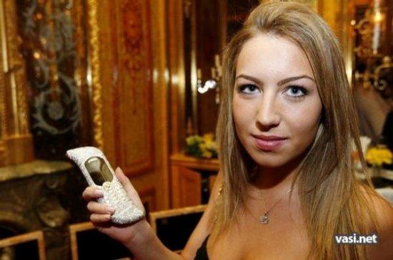 Это самый дорогой телефон в мире