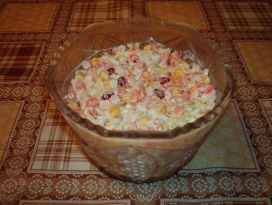 Салат из крабовых палочек (вариация)