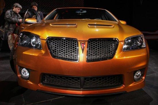 Новые модели Pontiac на Нью-йоркском автосалоне