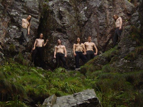 Finsterforst (Viking,Folk,Pagan)Metal