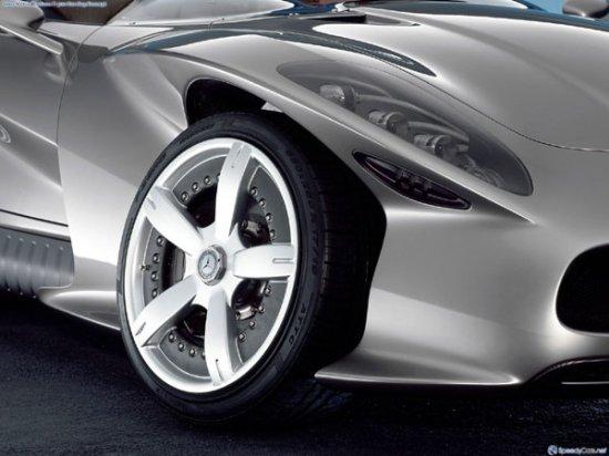 Mercedes-Benz F400 Carving