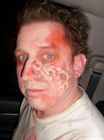 Новое движение в Америке - создание крутого-жесткого макияжа