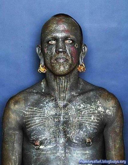 Человек-татуировка