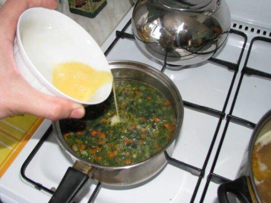 Весенний зелёный суп