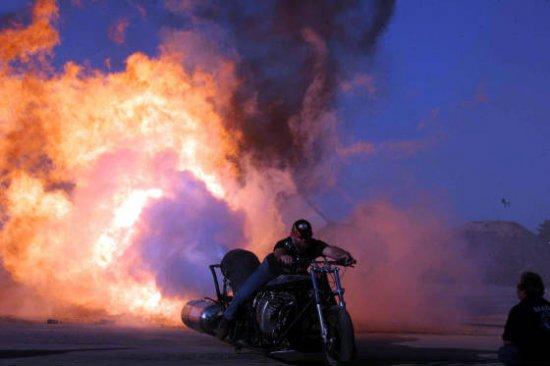 Мотоцикл с реактивным двигателем мощностью 3,800 л.с.