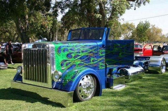 Тюнингованый грузовик