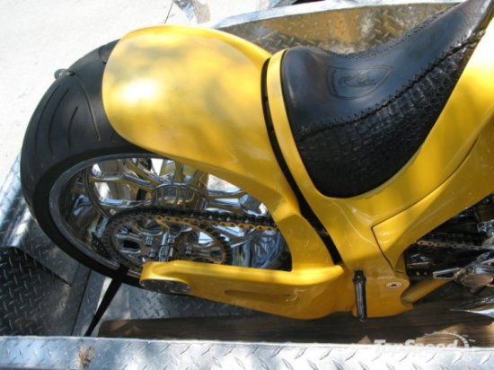 Lamborghini Gallardo с мотоциклетным прицепом