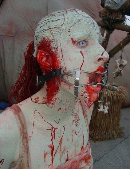 Жестокий макияж