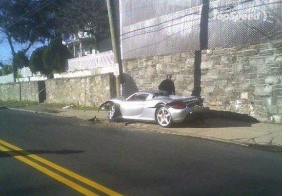 Porsche Carrera GT $500 000 в дребезги