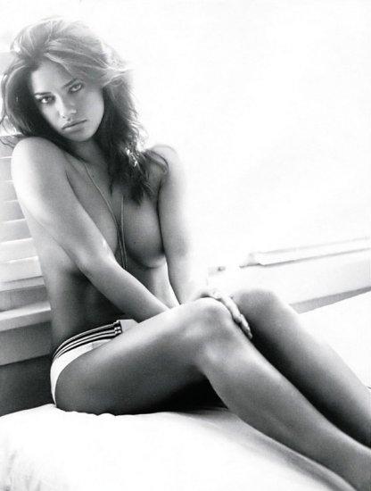 Adriana Lima в журнале Elle
