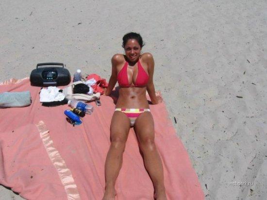 Пляжные подружки