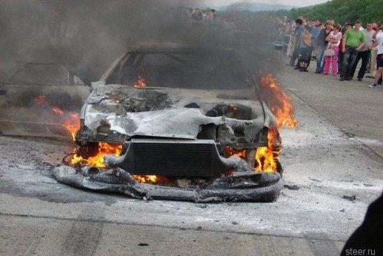 10-секундный Nissan Skyline GT-R за $85000 сгорел дотла на гонках во Владивостоке