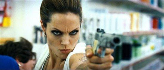 Анджелина Джоли, кадры фильма Бекмамбетова Wanted