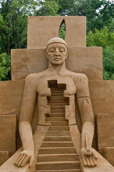 Шедевры песочных скульпторов в Коломенском