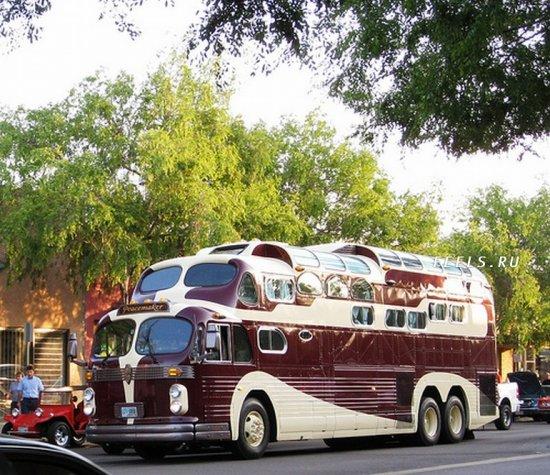 Видели хоть раз трехэтажный автобус?