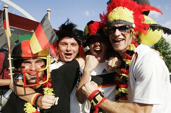 Новая порция фанатов на Евро-2008