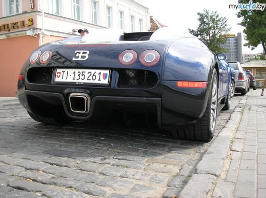 Фотофакт. Самая дорогая машина мира на улицах Минска (продолжение)