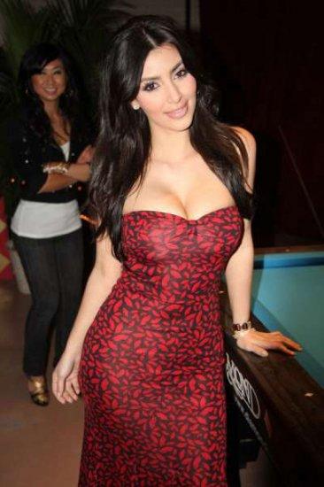 Красавица Kim Kardashian