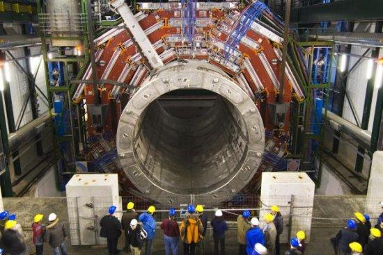������� �������� ��������� (Large Hadron Collider)