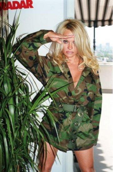 Памела Андерсон (Pamela Anderson) в журнале Radar
