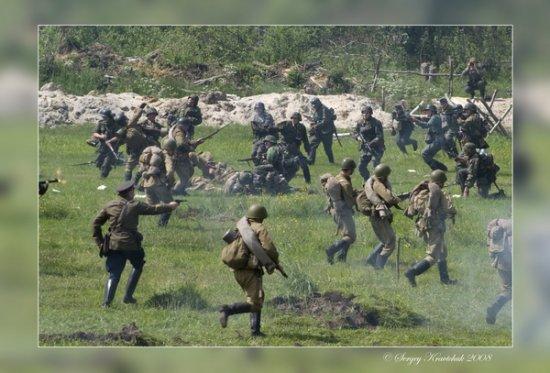 Бой с фашистами у деревни ПЕРЕВОЗ под Санкт-Петербургом.