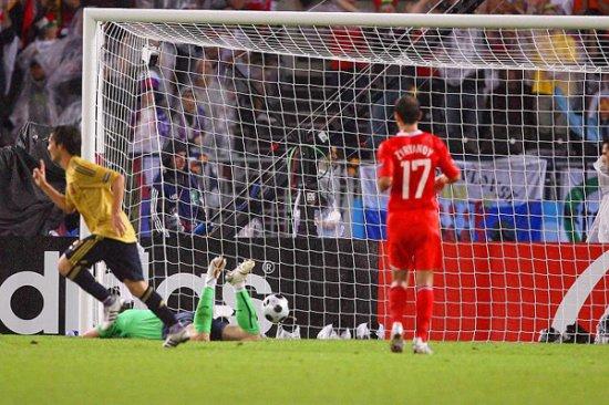 Испания — в финале, или Злой рок Гууса Хиддинка
